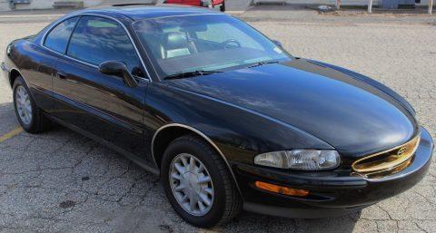 1995 Buick Riviera na prodej