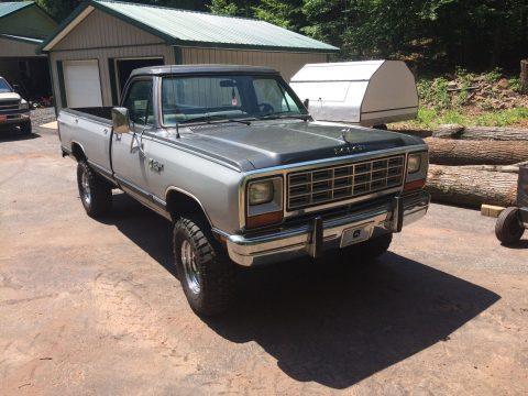 1985 Dodge W250 na prodej