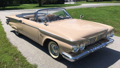 1961 Plymouth Fury Convertible na prodej