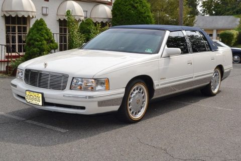 1999 Cadillac DeVille na prodej
