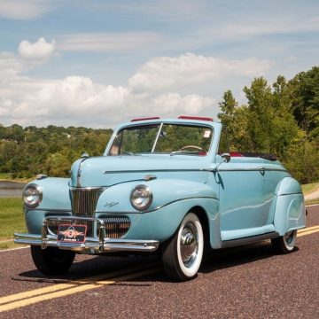 1941 Ford Super Deluxe Convertible na prodej
