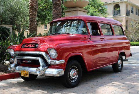 1956 GMC Suburban Deluxe na prodej