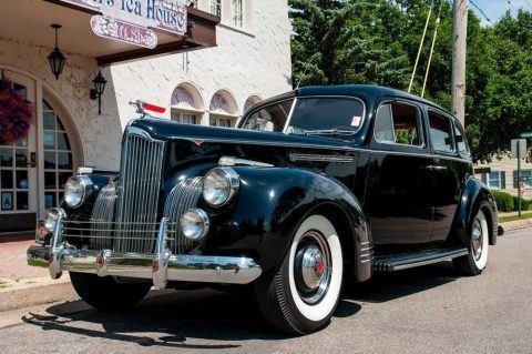 1941 Packard Series 110 Touring Sedan na prodej