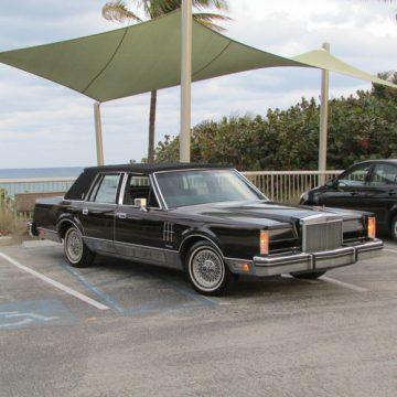 1983 Lincoln Continental Mark VI na prodej