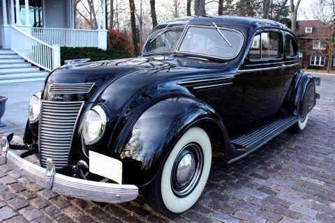 1937 Chrysler Airflow na prodej