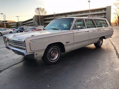 1968 Plymouth Suburban na prodej
