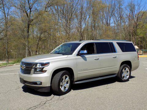 2015 Chevrolet Suburban na prodej