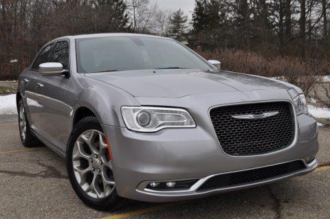 2016 Chrysler 300 na prodej