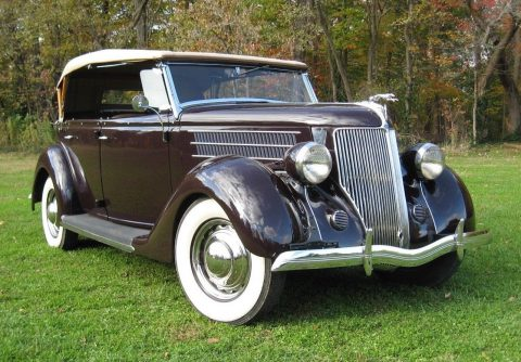 1936 Ford Phaeton na prodej