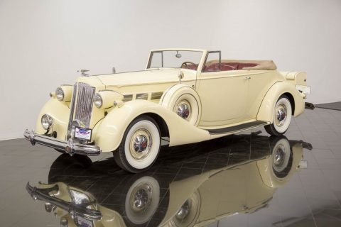 1937 Packard Super Eight Convertible na prodej