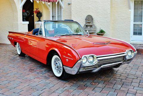 1962 Ford Thunderbird Convertible na prodej