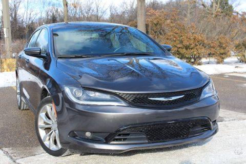 2015 Chrysler 200 na prodej