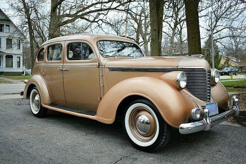 1938 DeSoto S5 Deluxe Sedan na prodej