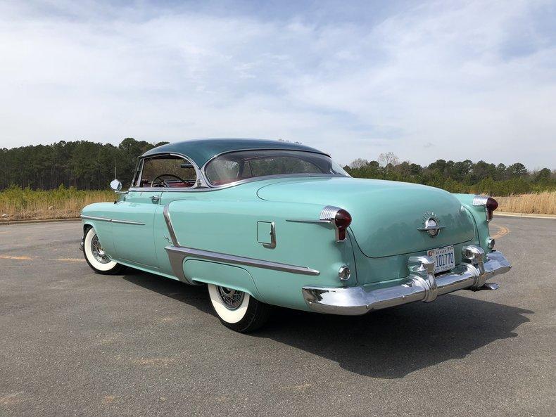 1952 Oldsmobile Ninety-Eight Holiday