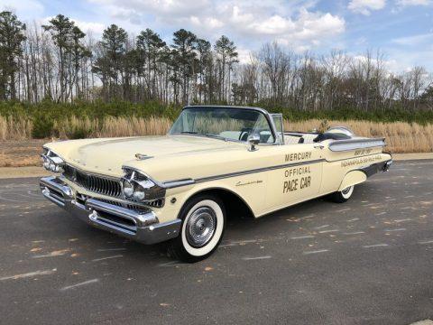1957 Mercury Turnpike Cruiser na prodej