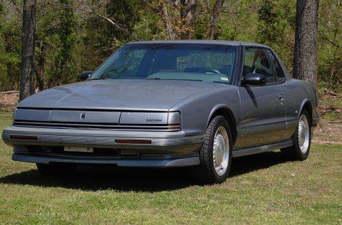 1990 Oldsmobile Toronado Trofeo na prodej