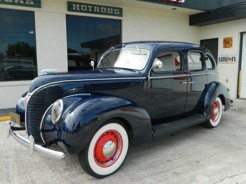 1938 Ford Sedan na prodej