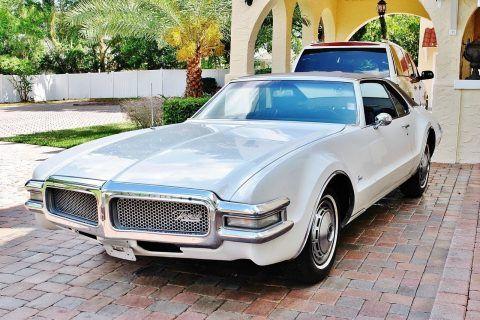 1968 Oldsmobile Toronado na prodej