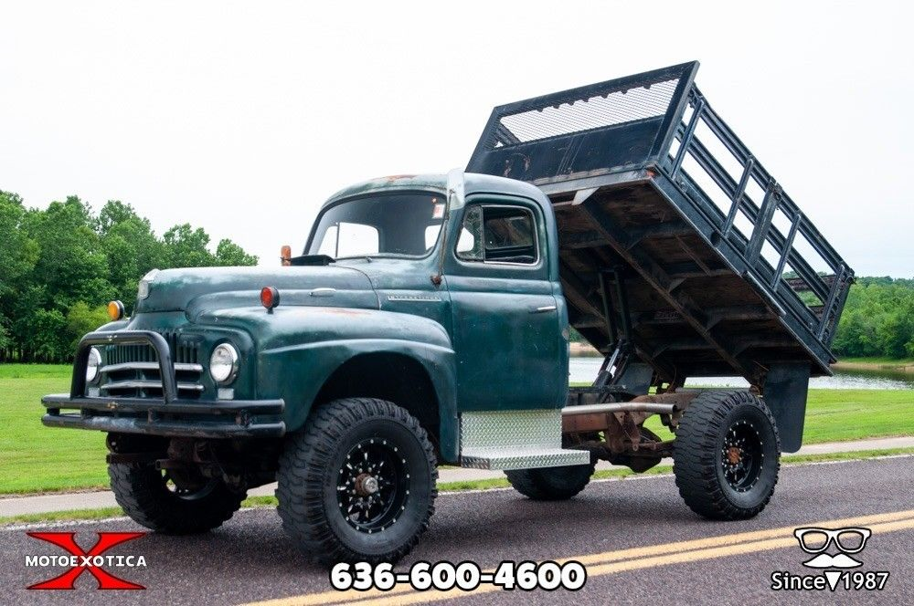 1951 International Harvester L-162
