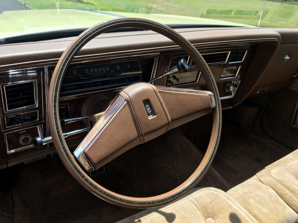 1977 Oldsmobile Ninety-Eight Regency