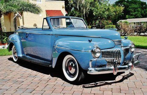 1941 DeSoto Custom Convertible na prodej
