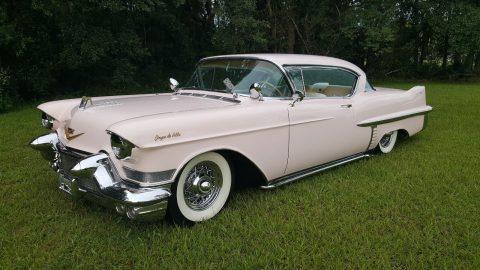 1957 Cadillac Coupe DeVille na prodej
