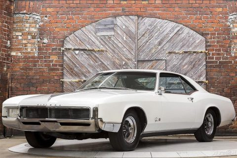 1966 Buick Riviera GS na prodej