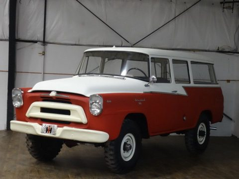 1957 International Harvester Travelall na prodej