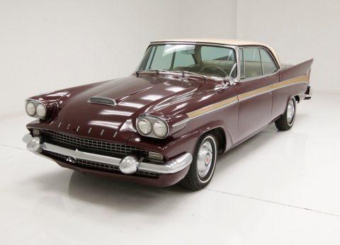 1958 Packard Starlight na prodej