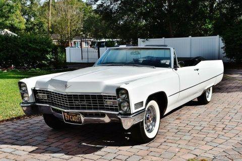 1967 Cadillac DeVille Convertible na prodej