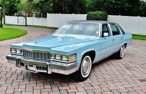 1977 Cadillac Sedan DeVille na prodej