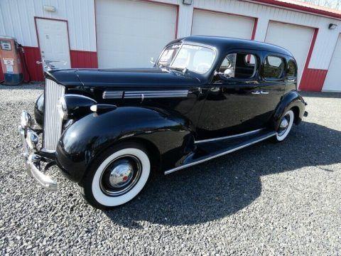 1938 Packard 200 Sedan na prodej