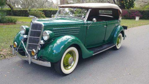 1935 Ford Deluxe Phaeton na prodej