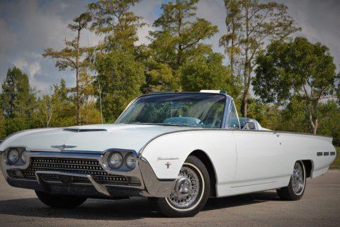 1962 Ford Thunderbird na prodej