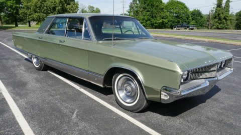 1968 Chrysler New Yorker na prodej