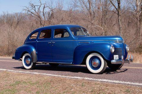 1940 Plymouth Deluxe Touring Sedan na prodej
