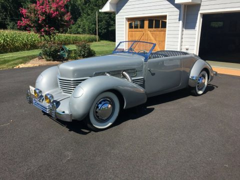 1937 Cord 812 Phaeton na prodej
