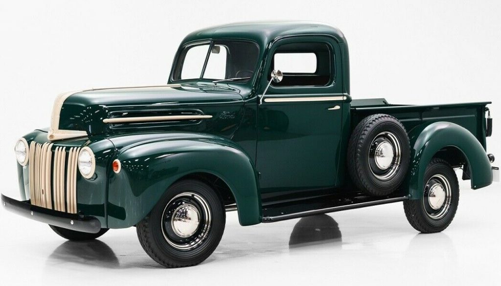 1947 Ford F-100