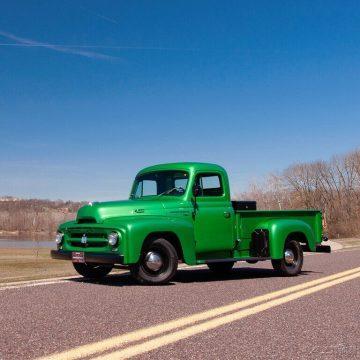1952 International Harvester R-110 na prodej