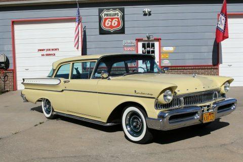 1957 Mercury Monterey na prodej