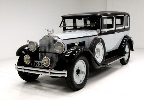 1930 Packard 726 Standard Eight Sedan na prodej