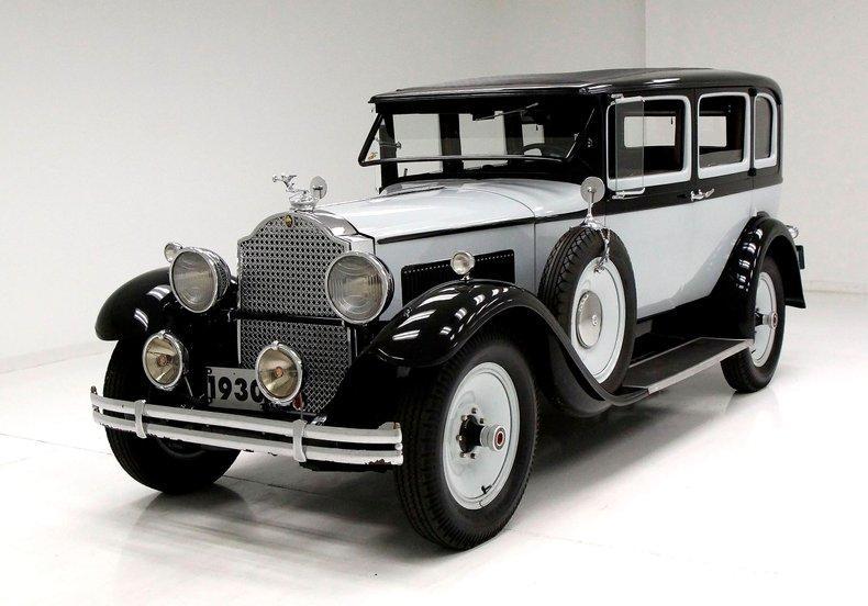 1930 Packard 726 Standard Eight Sedan