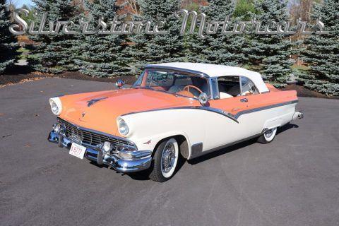 1956 Ford Fairlane Sunliner na prodej
