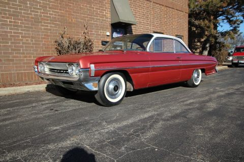 1961 Oldsmobile Dynamic 88 na prodej