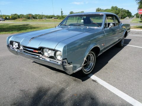 1967 Oldsmobile Cutlass na prodej