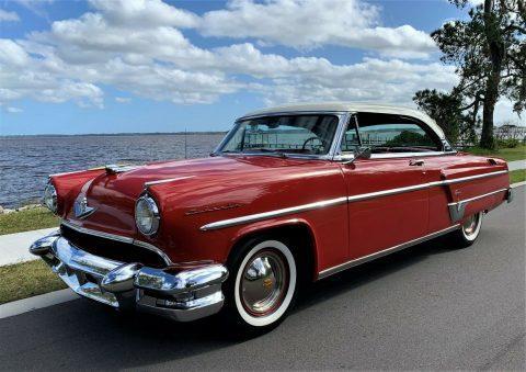 1954 Lincoln Capri na prodej