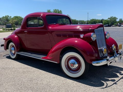 1937 Packard 112 na prodej
