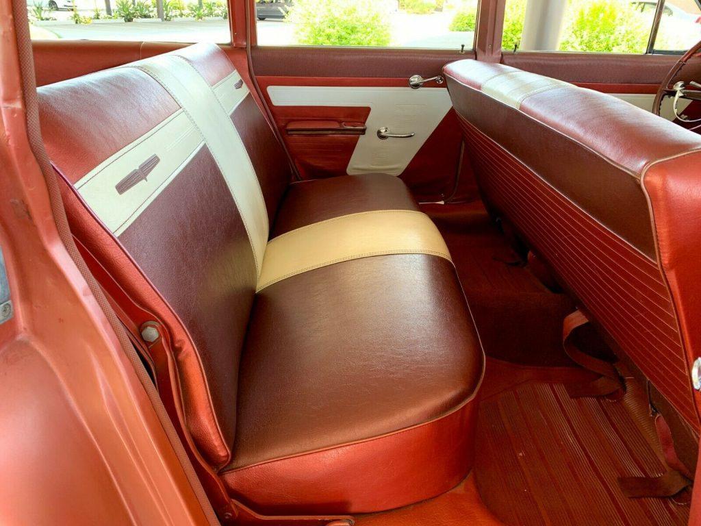 1961 Pontiac Catalina Safari