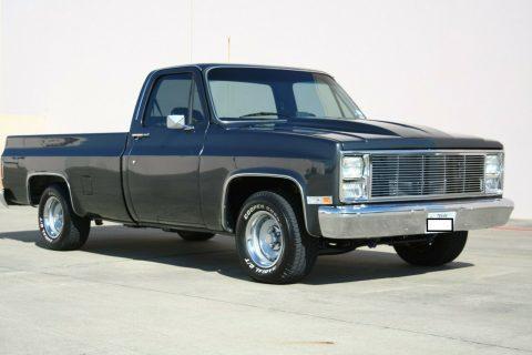 1985 GMC Sierra na prodej