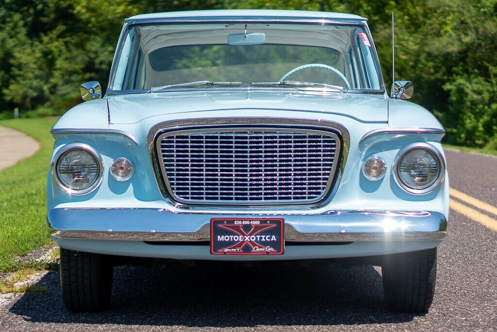 1961 Studebaker Lark Deluxe